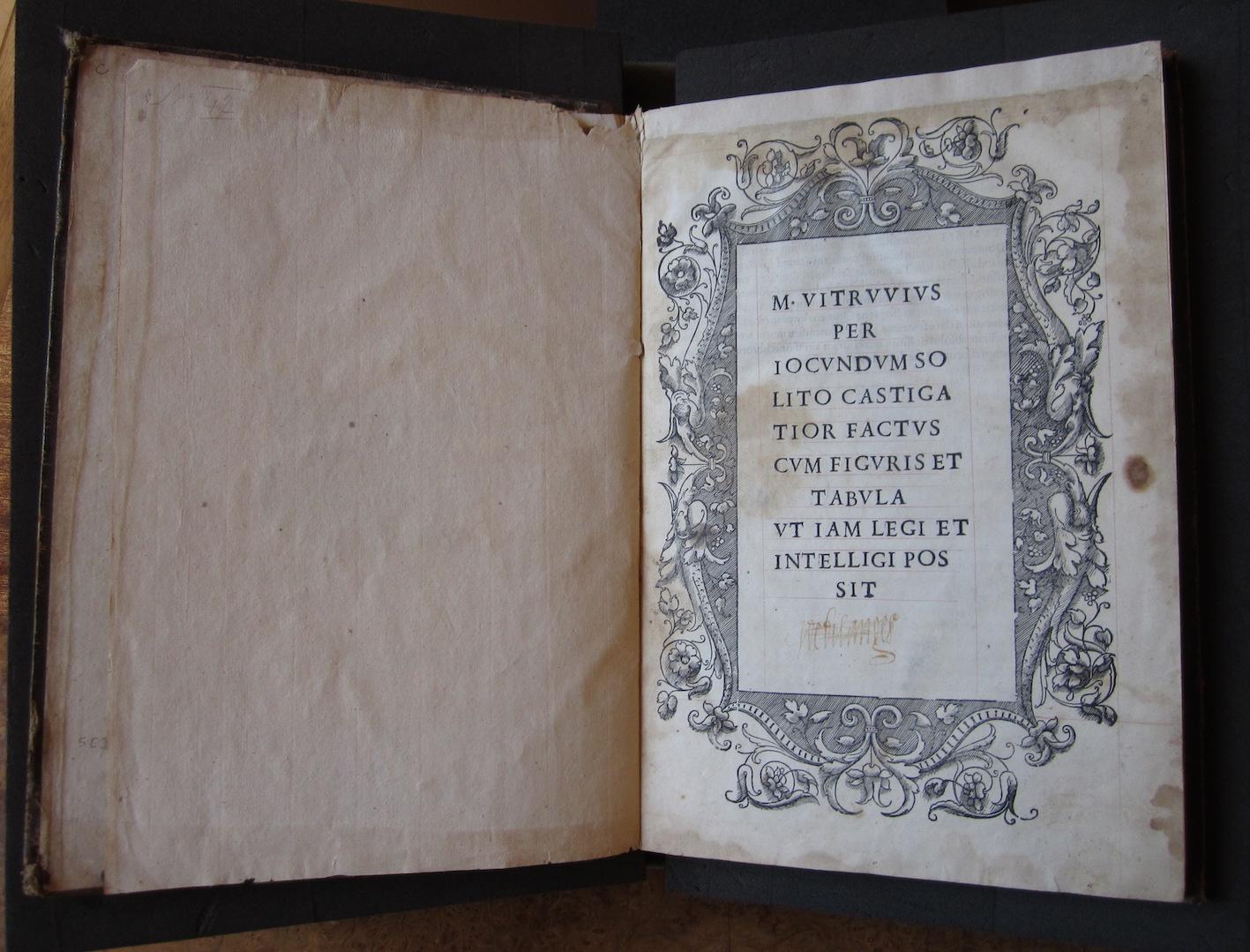 """""""M. Vitruvius per Iocundum solito castigatior factus cum figuris et tabula ut iam legi et intelligi possit (Venice, 1511), titlepage."""""""