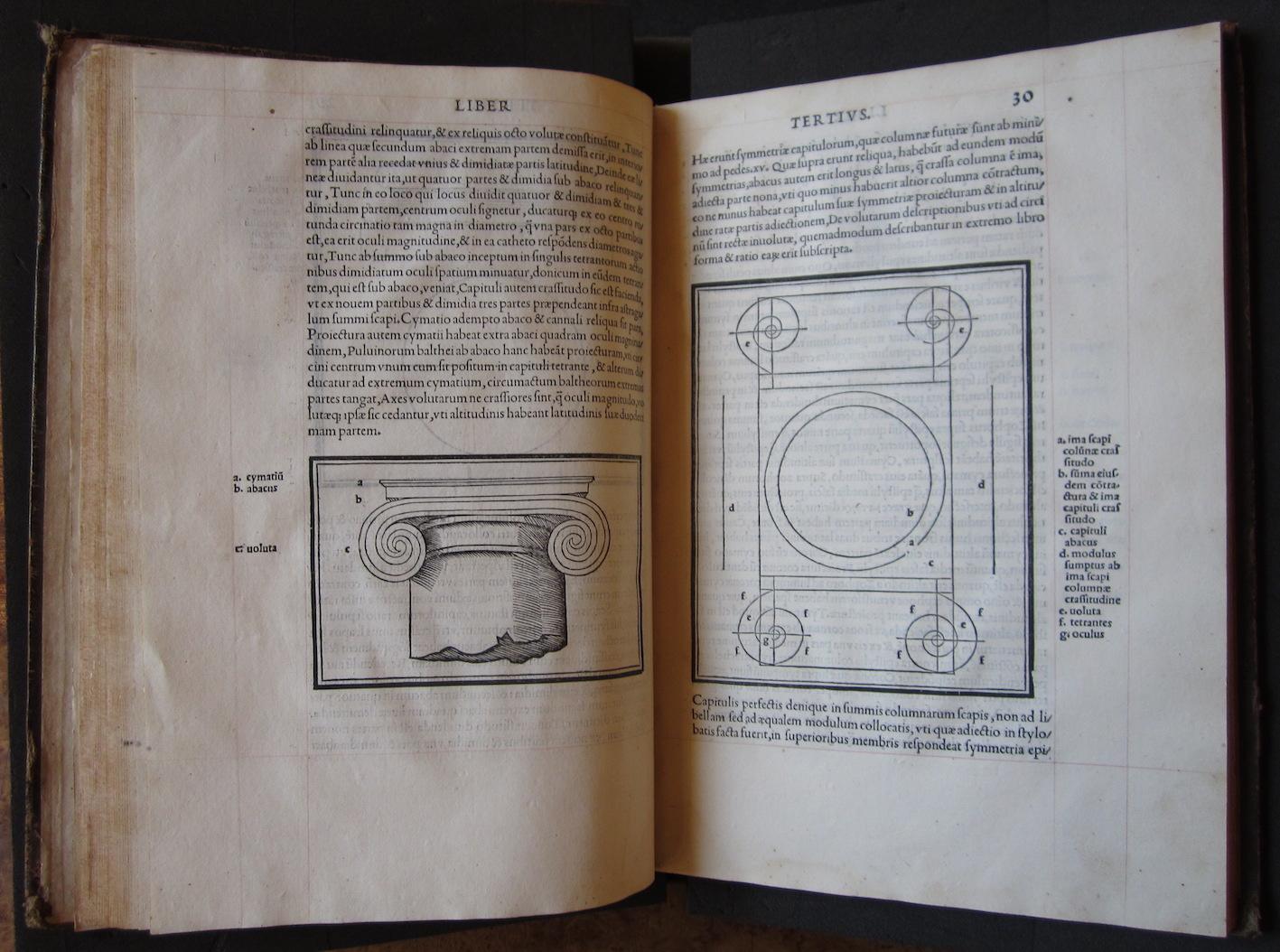 """""""M. Vitruvius per Iocundum solito castigatior factus cum figuris et tabula ut iam legi et intelligi possit (Venice, 1511), ff. 29v-30r."""""""